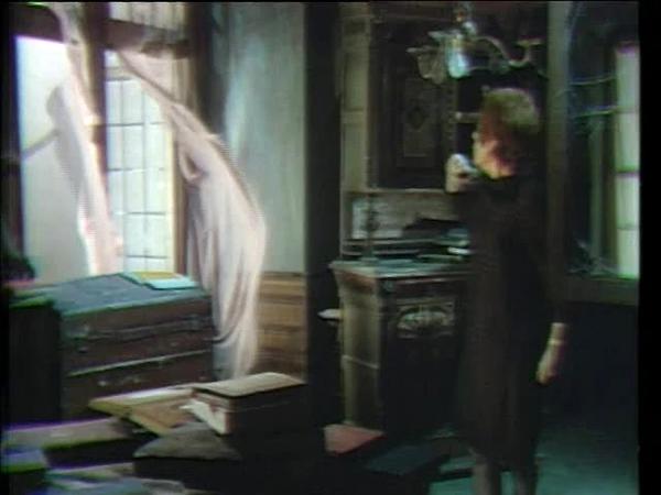 Dark Shadows' Julia Hoffman